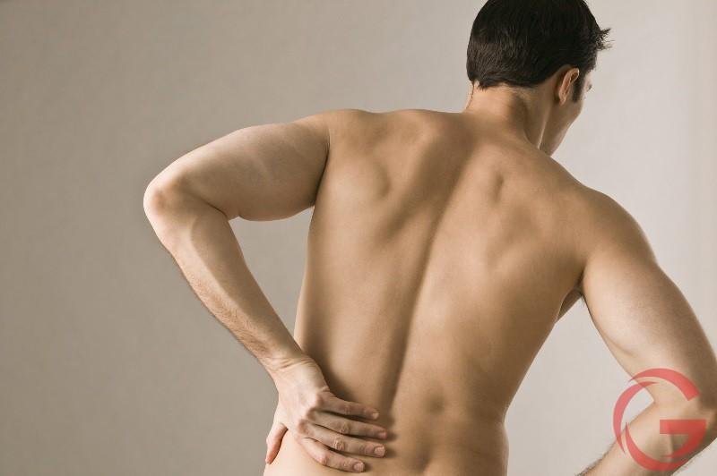 Đau thắt lưng trái ở nam giới