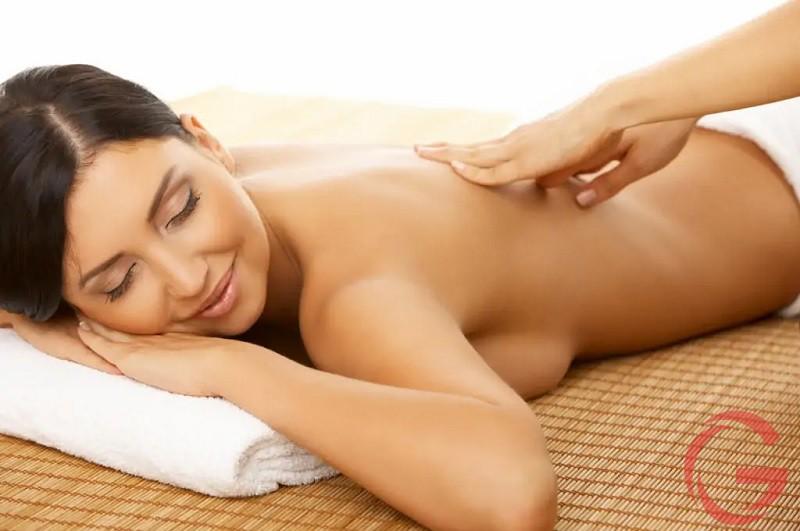 Cách giảm đau lưng ở phụ nữ