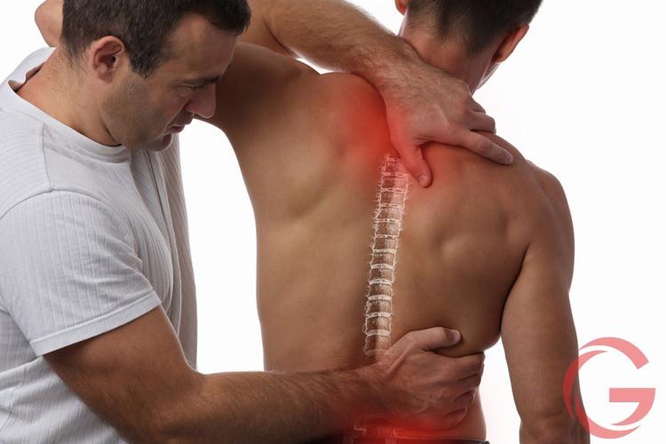 Đau cơ lưng kéo dài là bị làm sao